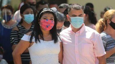 Nicaragua: 400 parejas se casan en boda masiva pese a COVID