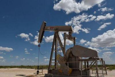El barril de petróleo superó los 60 dólares por primera vez en más de un año