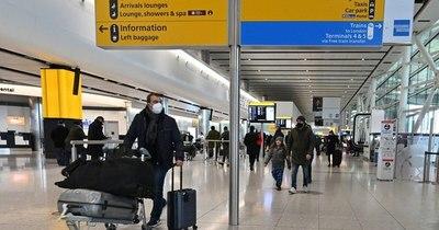 La Nación / Reino Unido blinda sus fronteras dejando fuera a residentes sin dinero