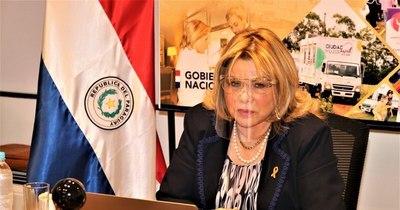 """La Nación / """"Se les tira agua"""": ministra repudia violencia contra la mujer en escrache a Villamayor"""