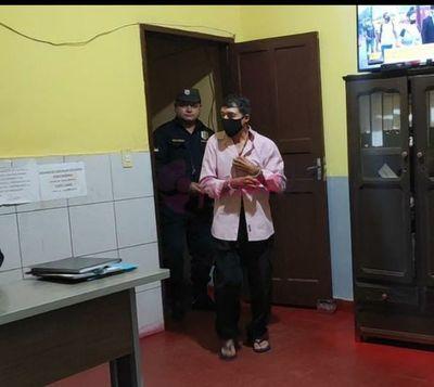 Guardia fue detenido por supuestamente abusar de su hijastro discapacitado en Pedro Juan