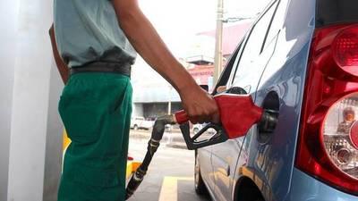 Inminente aumento de precios de combustibles