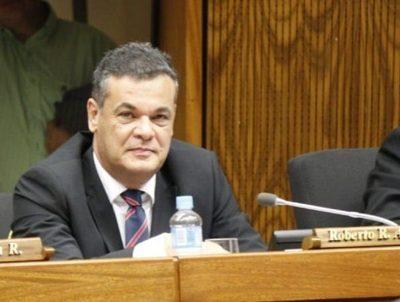 Robert Acevedo fue trasladado de urgencia a Asunción por covid · Radio Monumental 1080 AM