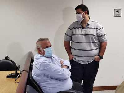 Postergan hasta el miércoles el juicio contra OGD y su hijo