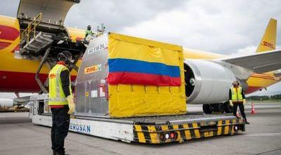Llega a Colombia el primer lote de vacunas contra el COVID-19