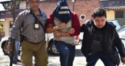 """El criminal Roque """"Pyguasu"""" y sus secuaces se fugan de la sede de Investigación de Delitos"""