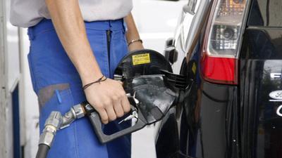 Emblemas privados de combustibles aumentan G. 400 en todos sus productos