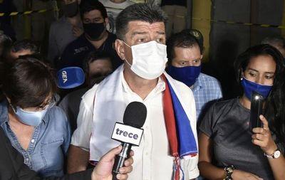 Efraín Alegre sale en libertad tras casi 20 días en prisión
