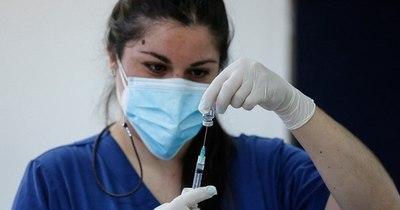 La Nación / COVID-19: con 4.000 dosis de vacunas solo el 3% del personal de salud de terapia intensiva será inmunizado