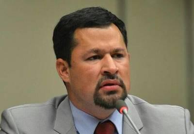 Ulises Quintana afirma estar listo para su precandidatura a la Intendencia de CDE
