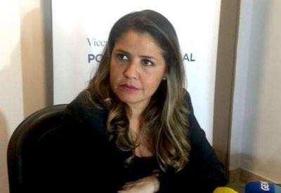 ¿Buscan cambiar a ministra?: Cecilia Pérez desconoce si amotinamiento fue o no un plan para apartarla del cargo