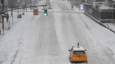 Tras la tormenta invernal que deja al menos 20 muertos, vuelos cancelados y cortes de luz llega un nuevo temporal
