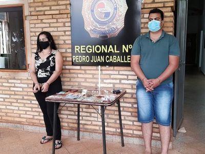 En sus horas libres vendía drogas con su novio