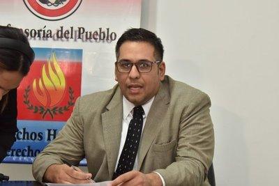 """Plantearán juicio político para Defensor del Pueblo: """"ya es insostenible"""", afirman"""