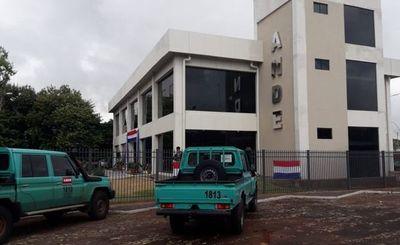 Cierran preventivamente dos oficinas de la ANDE ante brotes de covid-19