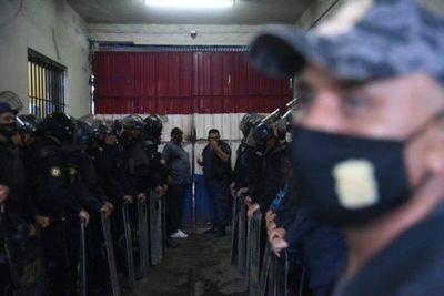 Pasaron más de 24 horas y autoridades no ingresan en sector de la matanza