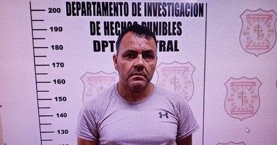 """La Nación / Roque Py Guasu quiere entregarse: """"La policía me deja mal ante la sociedad"""""""
