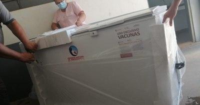 La Nación / Encarnación recibió refrigerador para 5.000 dosis de la vacuna contra el COVID-19