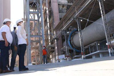 Habilitan Centro de Formación Dual en la planta industrial de Vallemí