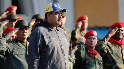 Maduro anunció que los militares y políticos del régimen tendrán prioridad para acceder a la vacuna contra el COVID-19