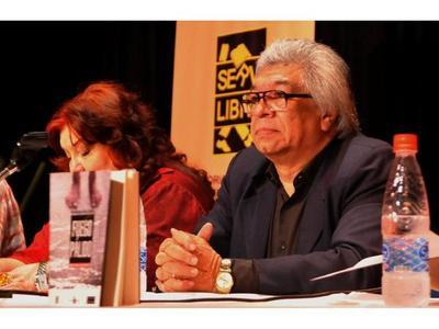 Cultura nacional y chaqueña se conjugan en Feria literaria
