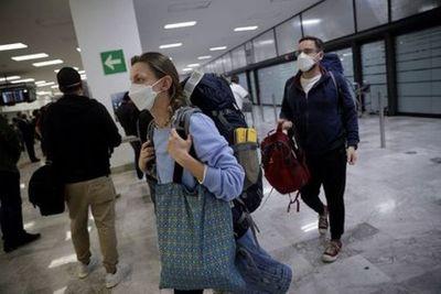 México recibió más de 650 mil turistas extranjeros en enero de 2021 pese a pandemia de COVID-19
