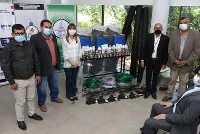 Ministerio de Trabajo entregó insumos a productores rurales y mipymes de Concepción