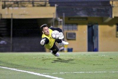Devis Vázquez debutará en Guaraní ante Olimpia