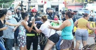 La Nación / CEP lamenta motín en Tacumbú y repudia gran cantidad de reos sin condena