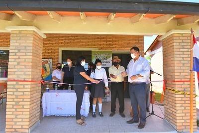 Inauguran obras en escuelas de Caazapá