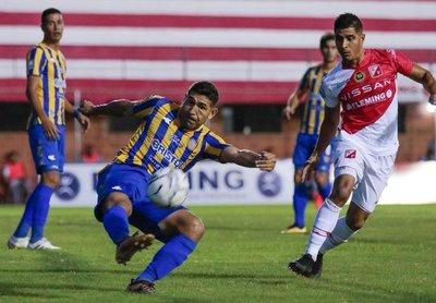 Lo ganó sobre el final: River Plate venció al Sportivo Luqueño 1-0.