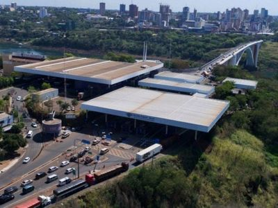 Hospital de Foz está atestado de  pacientes paraguayos con Covid