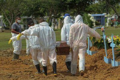 Brasil supera las 245.000 muertes por covid-19