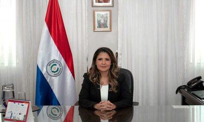 Motín en Tacumbú: «Hice lo que tenía que hacer», dice la ministra Cecilia Pérez