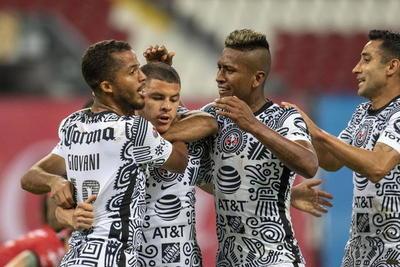Sánchez marcó el segundo gol