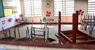 La Nación / Sinadi: el 98% de las instituciones educativas tiene problemas de baño y aula