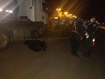 Hombre muere tras ser arrollado por una camioneta en San Juan Bautista