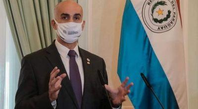 """""""Me vacunaré cuando sea mi turno, no será ahora"""", afirmó Mazzoleni"""