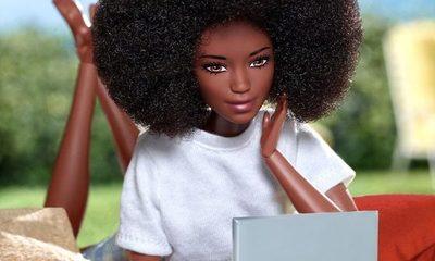 La Barbie negra lleva la nueva colección del diseñador Richard Quinn