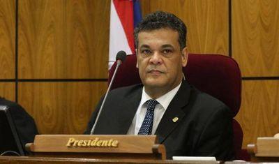 Diputado Robert Acevedo sigue en estado crítico, pero estable por cuadro de Covid-19