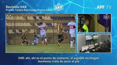 """Arnaldo Samaniego en el VAR de Guaraní-Olimpia: """"Maciel en ningún momento trata de sacar el pie"""""""