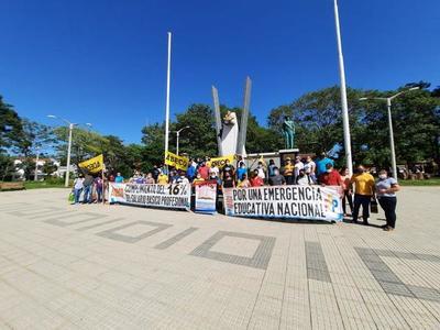 Docentes se manifestaron en Coronel Oviedo contra retorno de clases presenciales – Prensa 5