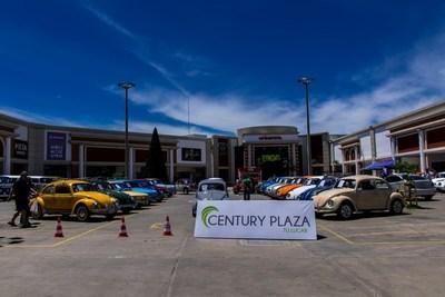 Century Plaza cumple 4 años contigo