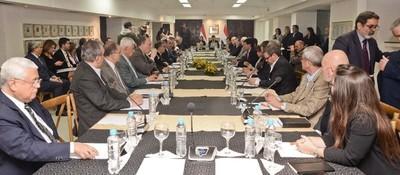Anexo C: ponen a disposición propuestas de comisión asesora, sociedad civil y partidos políticos