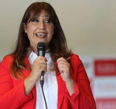 """Blanca Agüero apunta contra Lilian Samaniego y el vicepresidente: """"La gente pide renovación"""