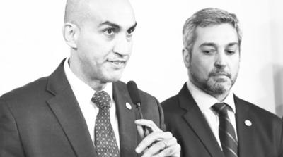 Mazzoleni derrochará 7 mil millones para propagandear vacunación
