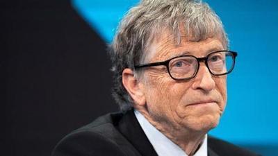 Ministro de Agricultura afirma que Bill Gates pretende instalar ideas falaces sobre la producción de carne vacuna