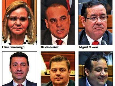 Legisladores se pulsean con candidatos para municipales