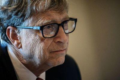 Ministro de Agricultura rechaza declaraciones de Bill Gates y afirma que Paraguay defenderá producción ganadera