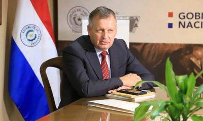 Ministro Bertoni dice que Bill Gates se equivoca al atacar producción ganadera
